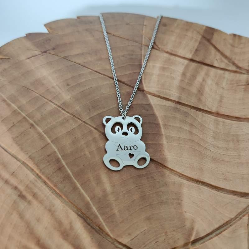Suloinen Panda kaulakoru lapsen nimella